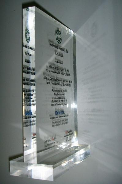 plaque06